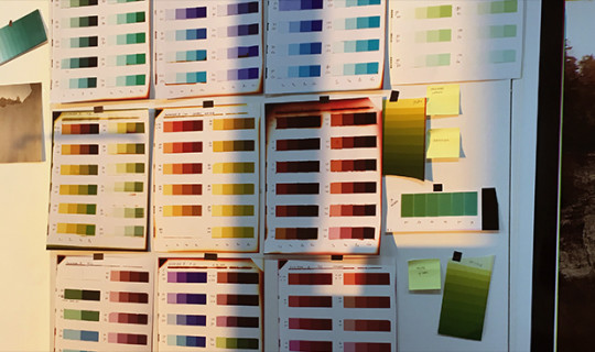 SimoneMudde_2_ColourResearch in the Studio.jpg